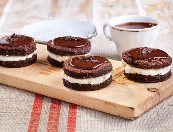 קסטה בראוניז שוקולד וקרם שוקולד לבן
