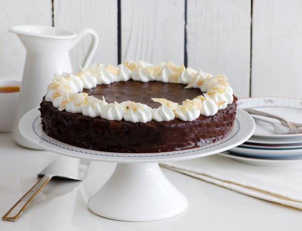 עוגת שוקולד פאדג' עם קוקוס
