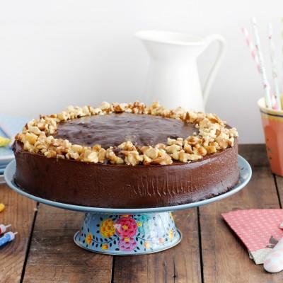 עוגת תמרים ושוקולד חגיגית