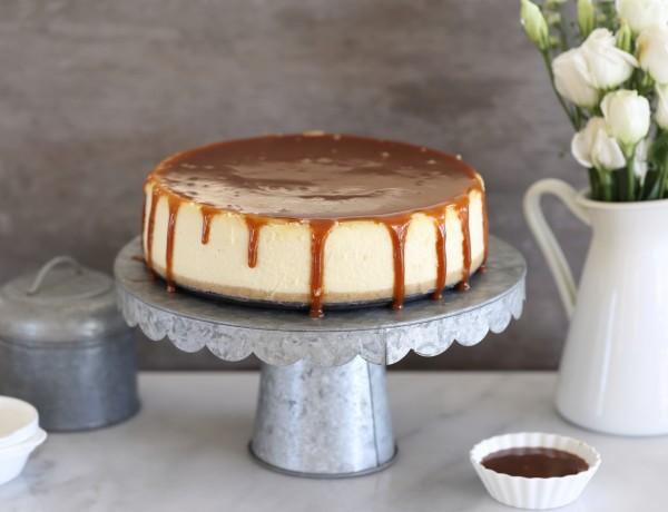 עוגת גבינה, שוקולד לבן וקרמל מלוח