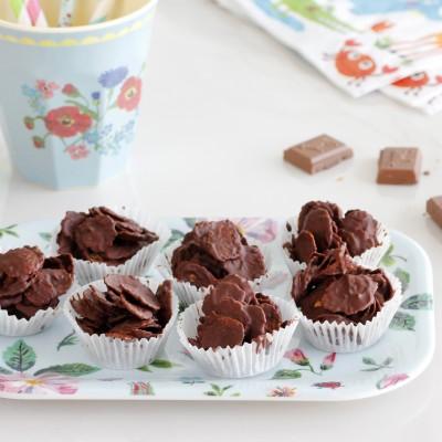ממתק קורנפלקס ושוקולד ללא אפייה