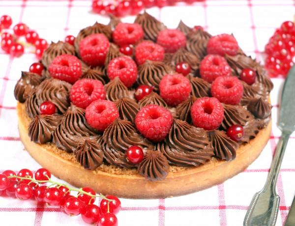 טארט שוקולד, אגוזים ופירות יער