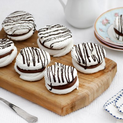 chocolate_meringue_kisses_sandwiches