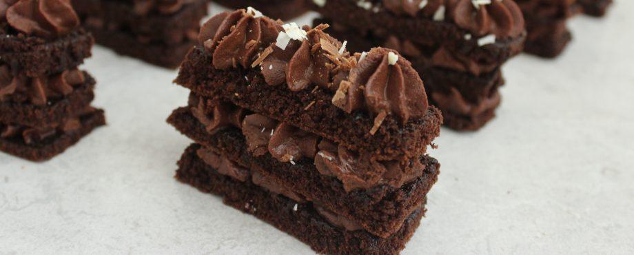 עוגת שכבות שוקולד אישית